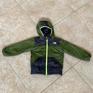 The North Face Boys Reversible Clay size 4t